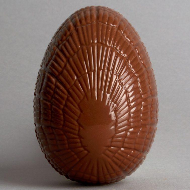 Moulage Oeuf de Pâques en Chocolat au Lait de Stéphane Pasco